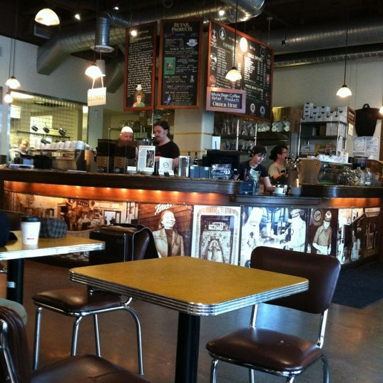 Photo taken at Espresso Vivace by Debby J. on 7/9/2012
