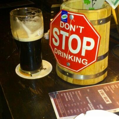 Снимок сделан в Molly Malone's Pub пользователем Андрей С. 8/10/2012