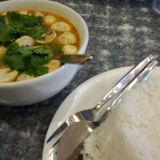 Photo taken at Taste of Thai by Fahmi M. on 6/22/2012