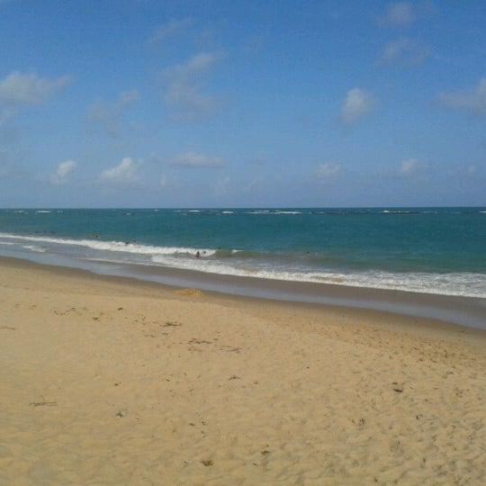 รูปภาพถ่ายที่ Praia de Guaxuma โดย Cristiano C. เมื่อ 1/4/2013
