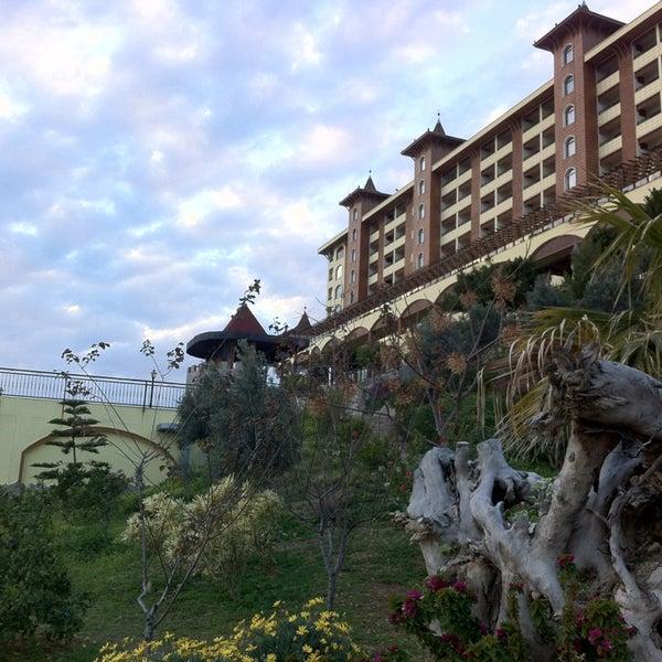 3/8/2013 tarihinde Dmitri B.ziyaretçi tarafından Utopia World Hotel'de çekilen fotoğraf