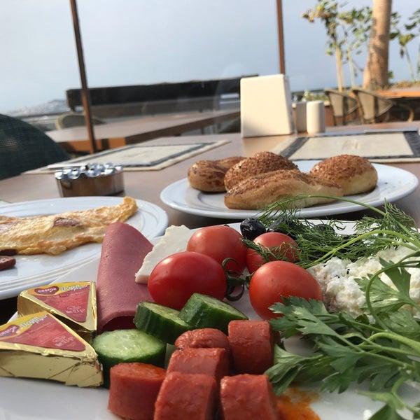 9/30/2017 tarihinde Sinan D.ziyaretçi tarafından Suhan360 Hotel & Spa'de çekilen fotoğraf