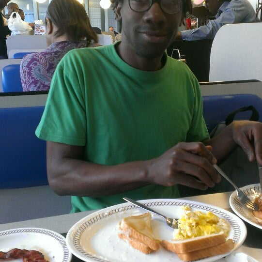Photo taken at Waffle House by Sunny on 3/16/2013