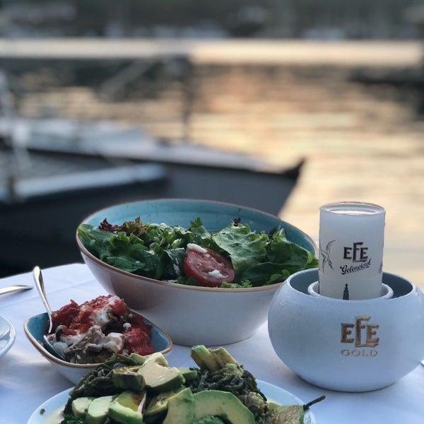 7/15/2018 tarihinde Taha A.ziyaretçi tarafından Fethiye Yengeç Restaurant'de çekilen fotoğraf