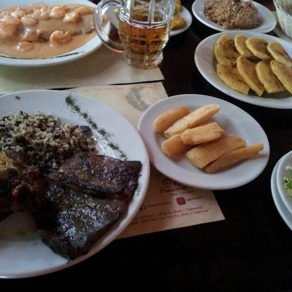 Foto tomada en Restaurante Tony por Daniel E. el 3/2/2013