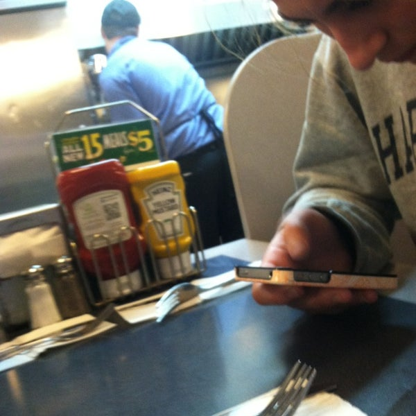 Photo taken at Waffle House by Lizzie M. on 3/23/2013