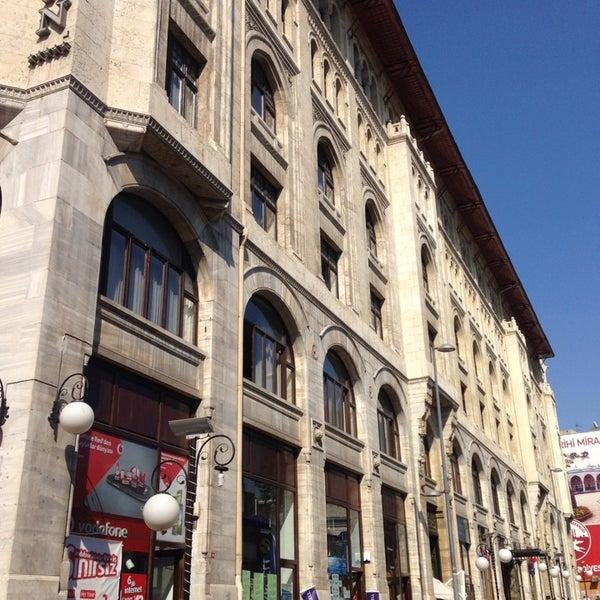7/9/2014 tarihinde Idris A.ziyaretçi tarafından Legacy Ottoman Hotel'de çekilen fotoğraf