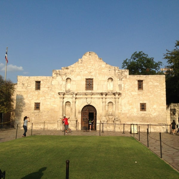 Photo taken at The Alamo by Drew D. on 7/28/2013