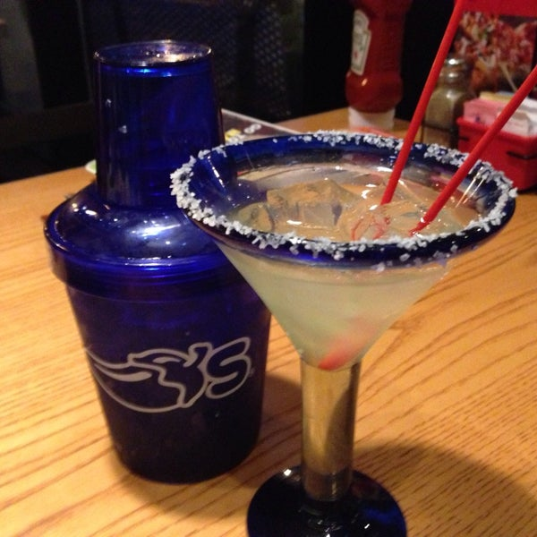 Photo taken at Chili's Grill & Bar by Anthea F. on 6/20/2013