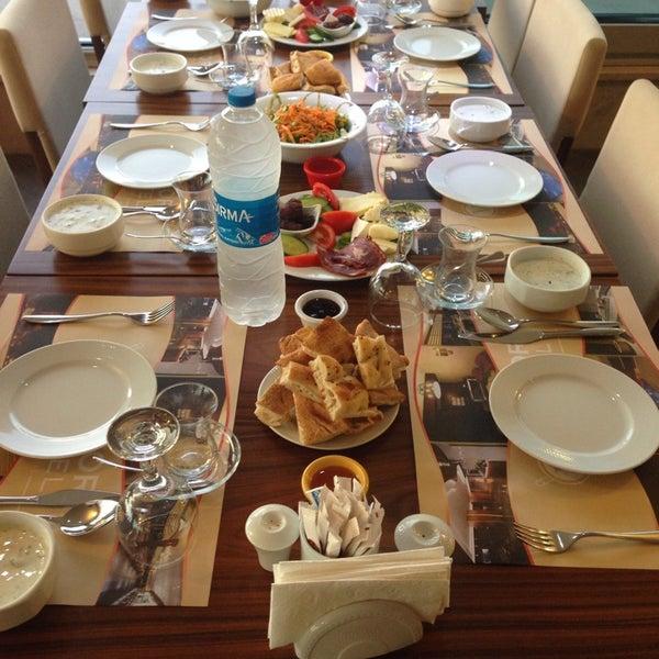 7/21/2014 tarihinde Yunus Emre E.ziyaretçi tarafından Glorious Hotel İstanbul'de çekilen fotoğraf