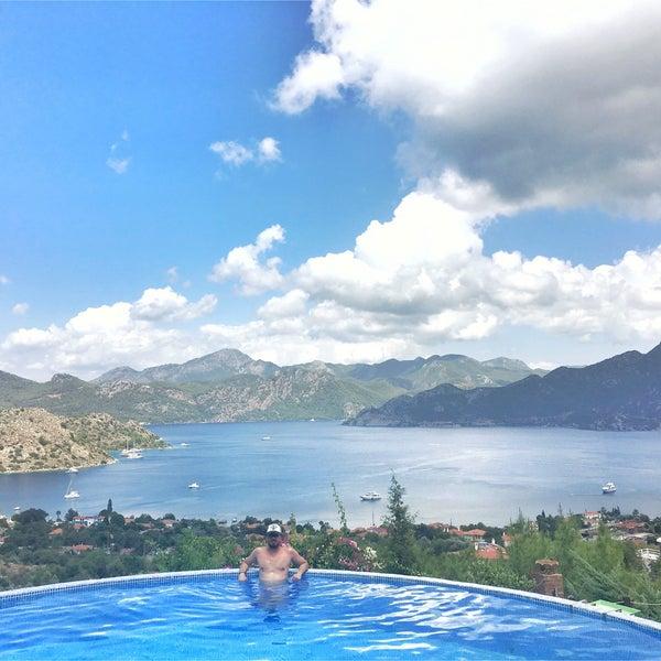 Foto scattata a Loca Hotel da Mehmet A. il 6/29/2018