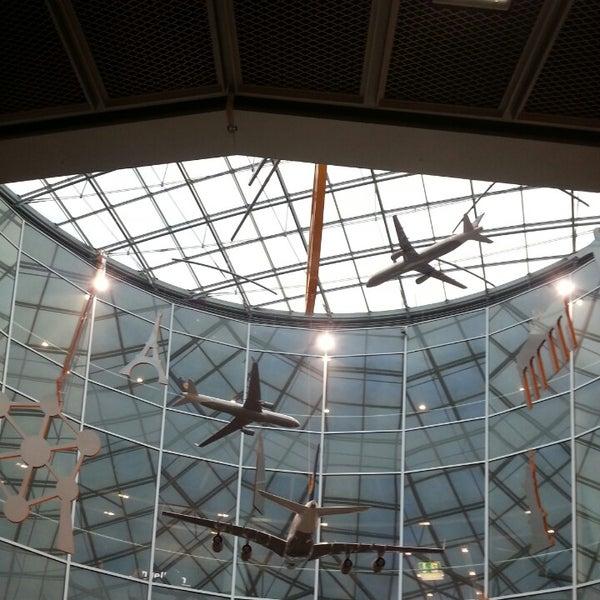 Das Foto wurde bei Frankfurt Airport (FRA) von André Viveiros A. am 6/25/2013 aufgenommen