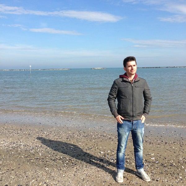 Foto scattata a Bagno Adriatico 62 da Jaani ✨ R. il 2/15/2014