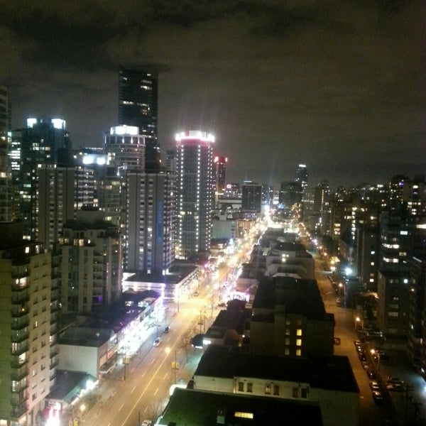 Photo taken at Empire Landmark Hotel by Stef E. on 3/11/2013