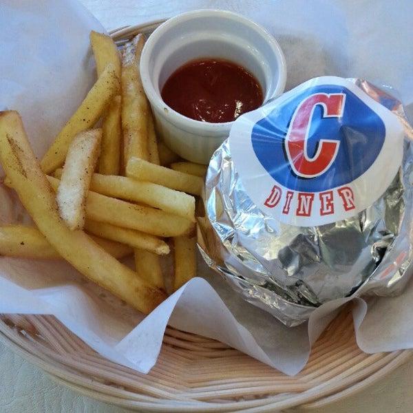 Photo taken at Cajun Fuel by Hannae C. on 11/29/2012