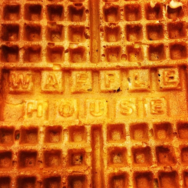 Photo taken at Waffle House by Ryan L. on 5/1/2013