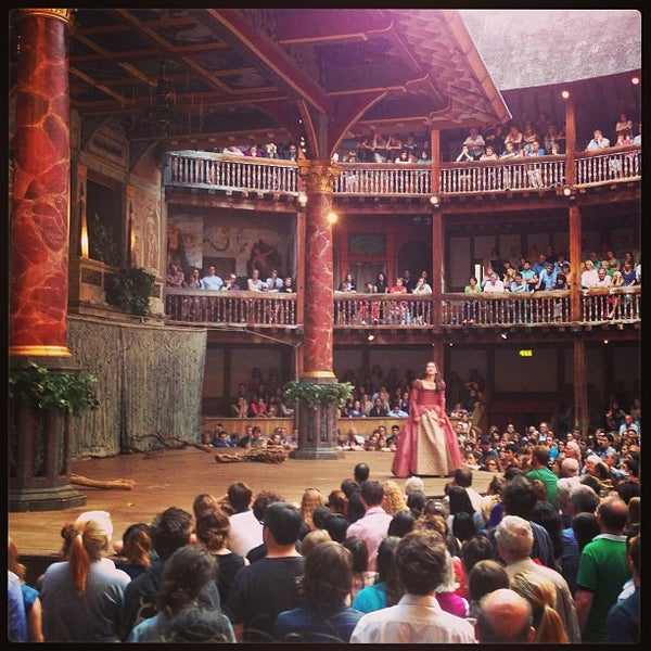 Photo taken at Shakespeare's Globe Theatre by Benny C. on 7/12/2013