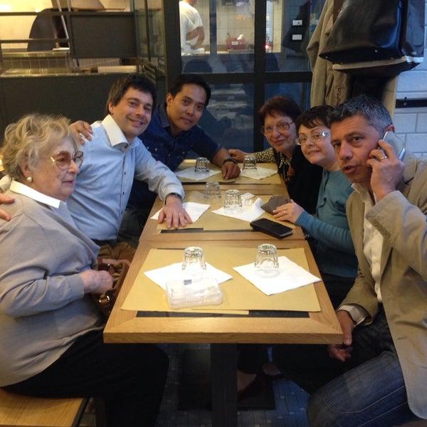 Foto scattata a Il Secchio e l'Olivaro da Roel G. il 5/19/2014
