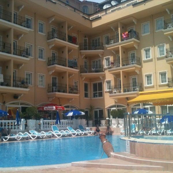 Foto scattata a Sinatra Hotel da Alexey K. il 5/12/2013