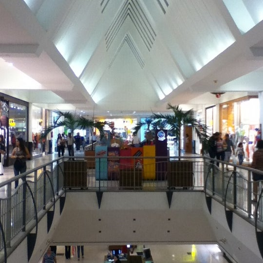 Photo taken at Shopping Recife by Alexandre Novelletto on 9/23/2012