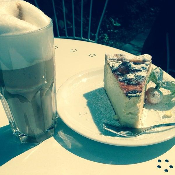 Das Foto wurde bei Café Maingold von Klaus H. am 4/26/2014 aufgenommen