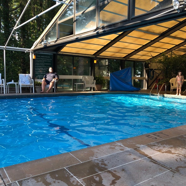 Whitmore Lake Apartments: Chincoteague Island, VA