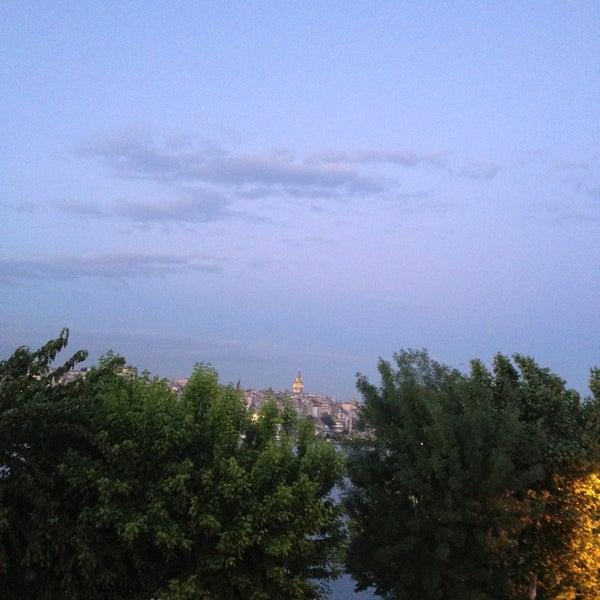 5/25/2013 tarihinde Gozde V.ziyaretçi tarafından Cibalikapı Balıkçısı'de çekilen fotoğraf