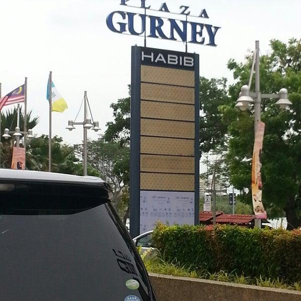 Photo taken at Gurney Plaza by Yvette C. on 4/13/2013