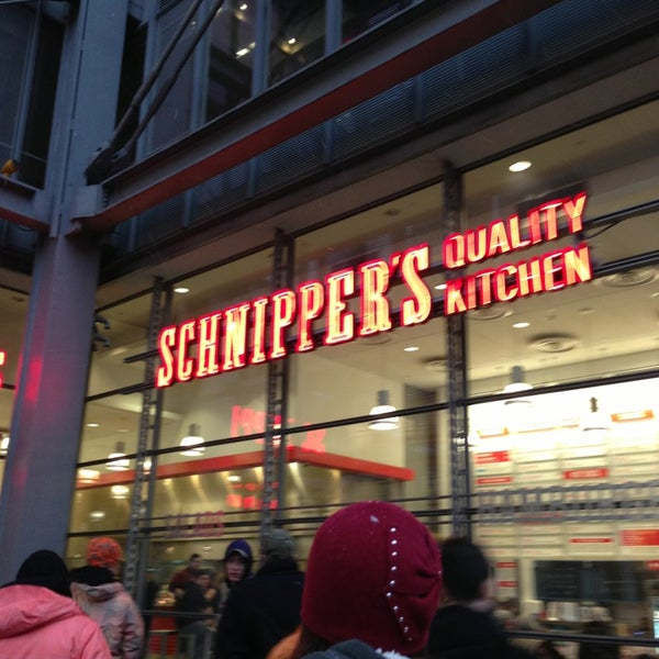 Photo taken at Schnipper's Quality Kitchen by Spencer D. on 3/16/2013