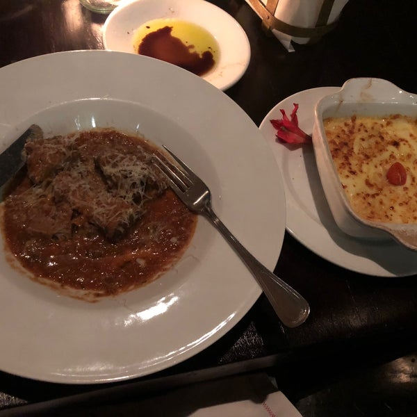 Excellent ossobuco and lasagna! The price is so low that you can actually exaggerate here.
