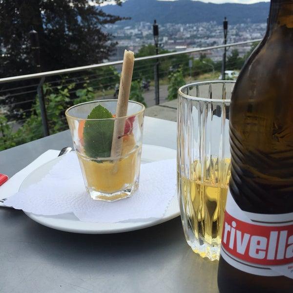 Das Foto wurde bei Restaurant Die Waid von Alp am 6/25/2017 aufgenommen