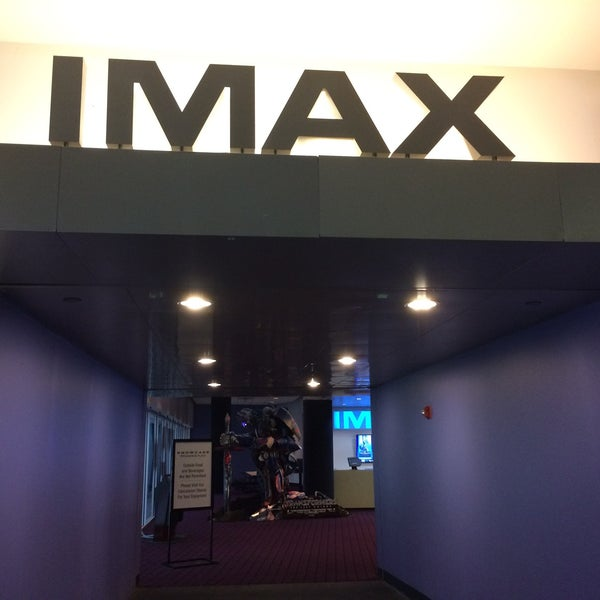 Photo taken at Showcase Providence Place & IMAX by Michael D. on 5/26/2017