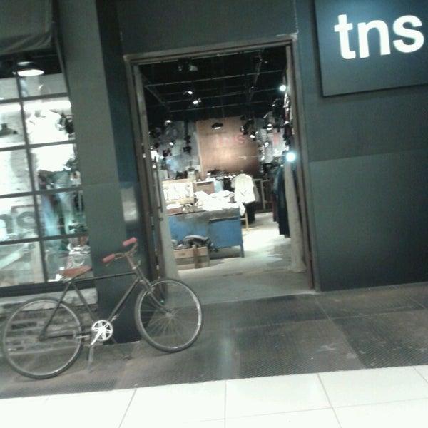 รูปภาพถ่ายที่ Costa Urbana Shopping โดย Mathias D. เมื่อ 4/21/2013