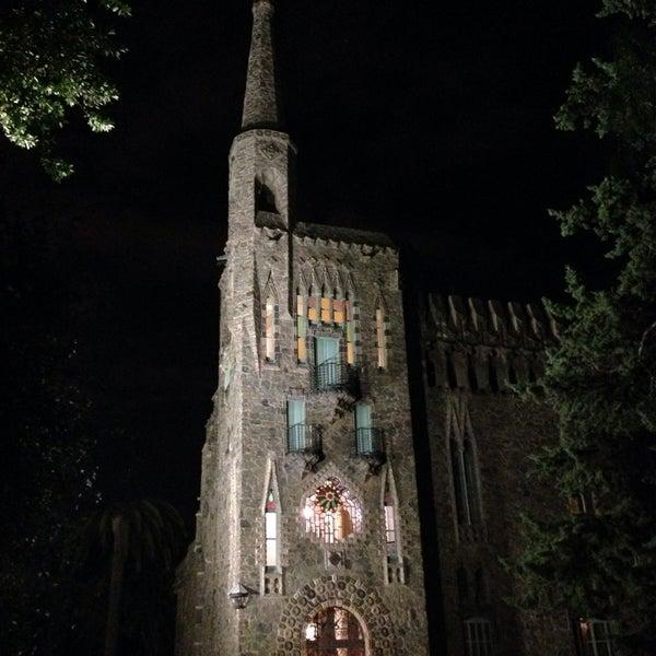 Foto tomada en Torre Bellesguard por Maria C. el 8/27/2014