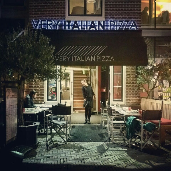 Photo taken at Very Italian Pizza by Alexander K. on 10/1/2015