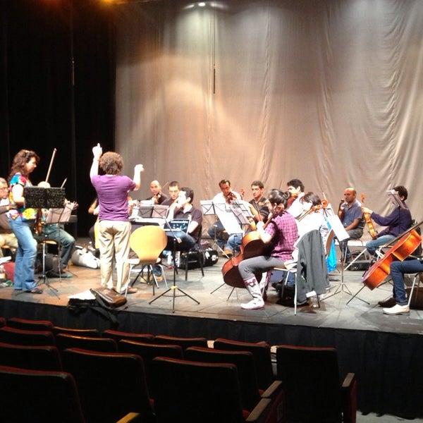 Foto tomada en Teatro Hidalgo por Raul E. el 6/27/2013