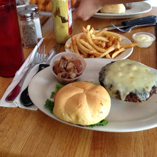 Photo taken at Ray's Hell Burger by H.K s. on 5/22/2013