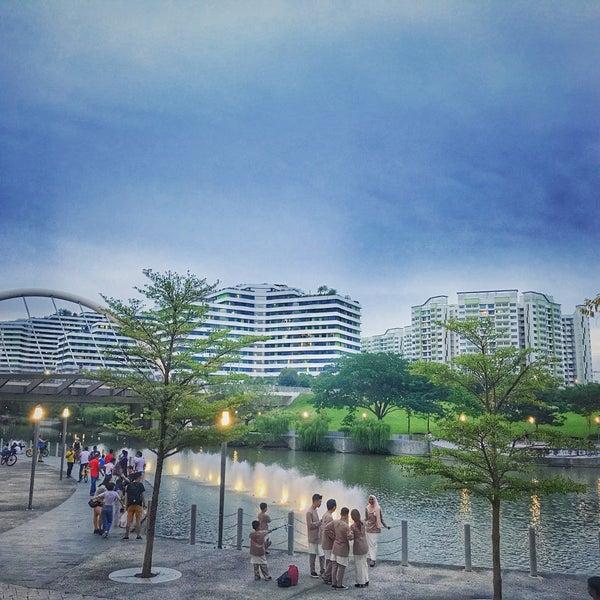 Foto scattata a Waterway Point da ♡ωιℓмα♡ il 6/27/2018