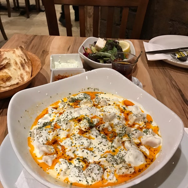 11/21/2016 tarihinde A Uysalziyaretçi tarafından Hala Restaurant'de çekilen fotoğraf