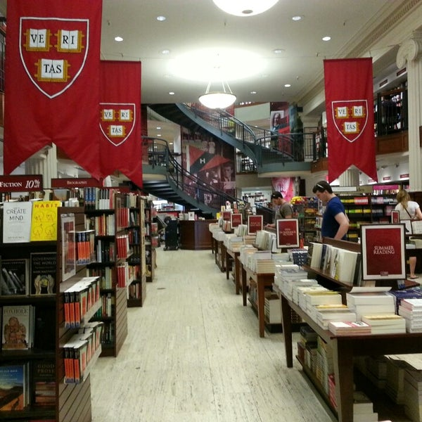 Photo taken at Harvard Coop Society Bookstore by Serene F. on 6/25/2013