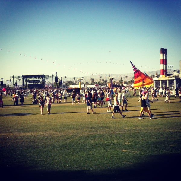 Photo taken at Coachella Valley Music and Arts Festival by Maritza F. on 4/15/2013