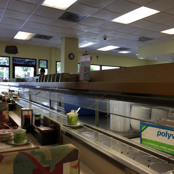 Photo Taken At Kurukuru Sushi Pearl Kai Ping Center By Joko M On 5