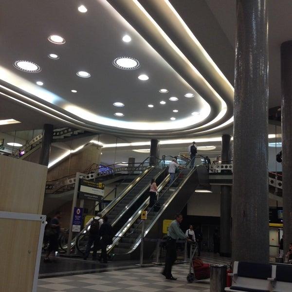Снимок сделан в Международный аэропорт Конгоньяс/Сан-Паулу (CGH) пользователем Rodrigo Oliveira F. 11/12/2013