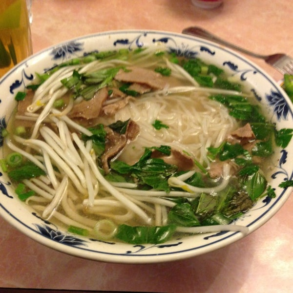 Photo taken at Pho 777 Vietnamese Restaurant by Marc P. on 1/16/2013