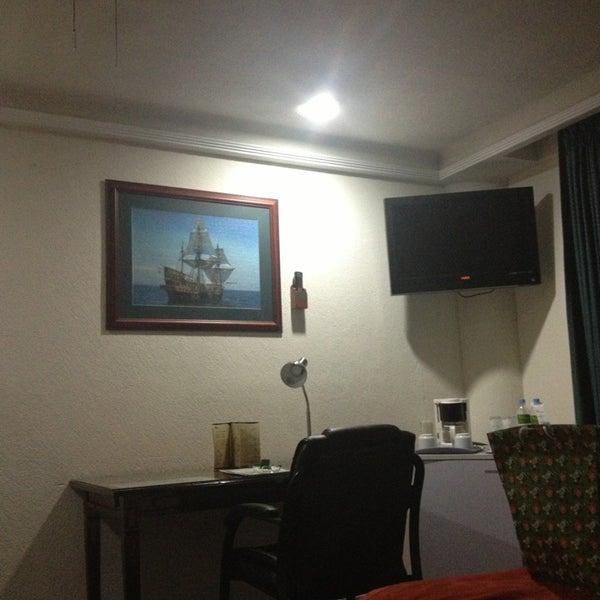 Photo taken at Aliana Hotel & Suites by ilsiita v. on 12/30/2012