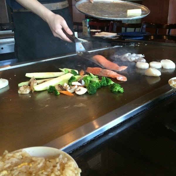 Photo taken at Samurai Japanese Steakhouse by Travis M. on 5/25/2014