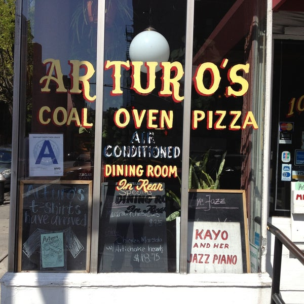 Photo taken at Arturo's Restaurant by Andrew G. on 4/24/2013