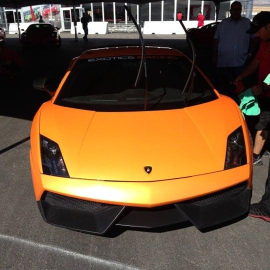 Foto tirada no(a) Exotics Racing por Angat B. em 10/15/2012
