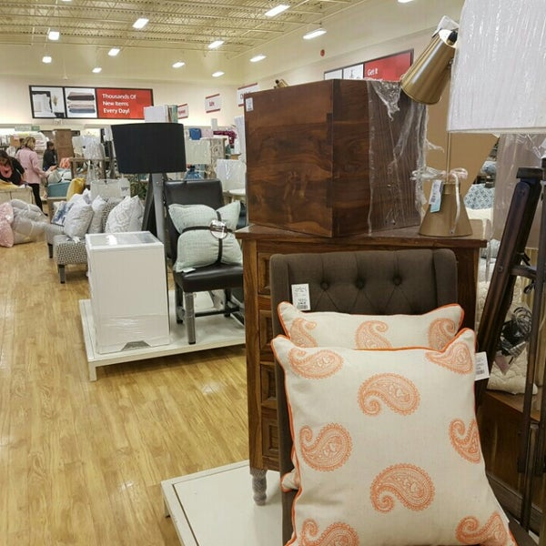 Homesense furniture home store in whitby for Home gallery furniture hours