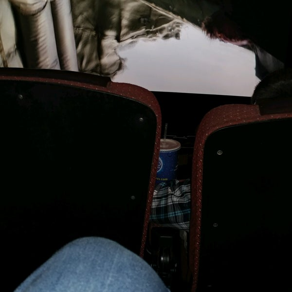 Photo taken at Cobb Grove 16 Cinemas by Hans A. on 2/19/2017